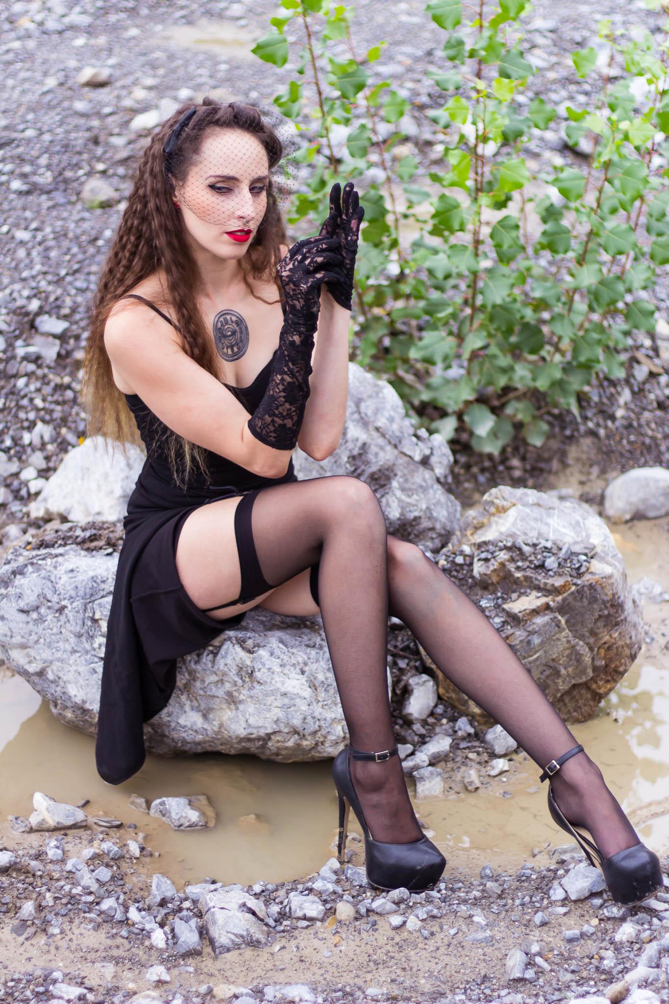 Dirty Roxanne im Dominastudio der FemDom